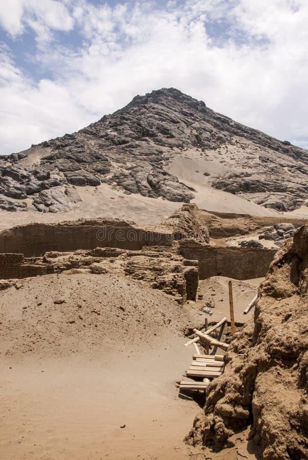 特鲁希略角- Salaverry的秘鲁昌昌考古学站点 免版税库存图片