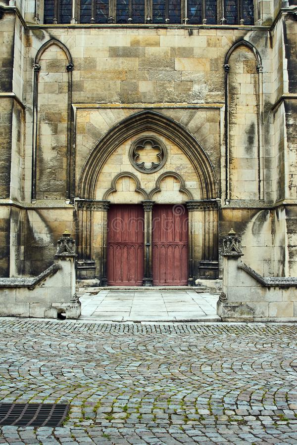 特鲁瓦大教堂的哥特式门户  免版税库存照片
