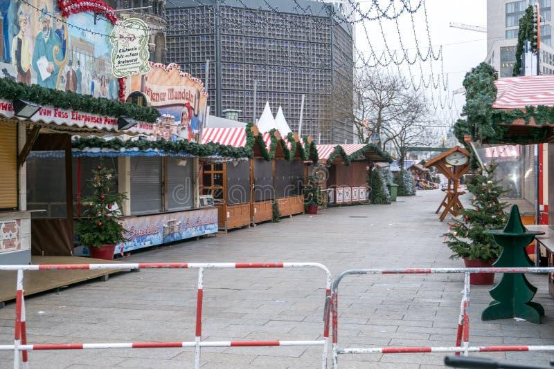 犯罪现场在圣诞节市场上在柏林 免版税库存照片