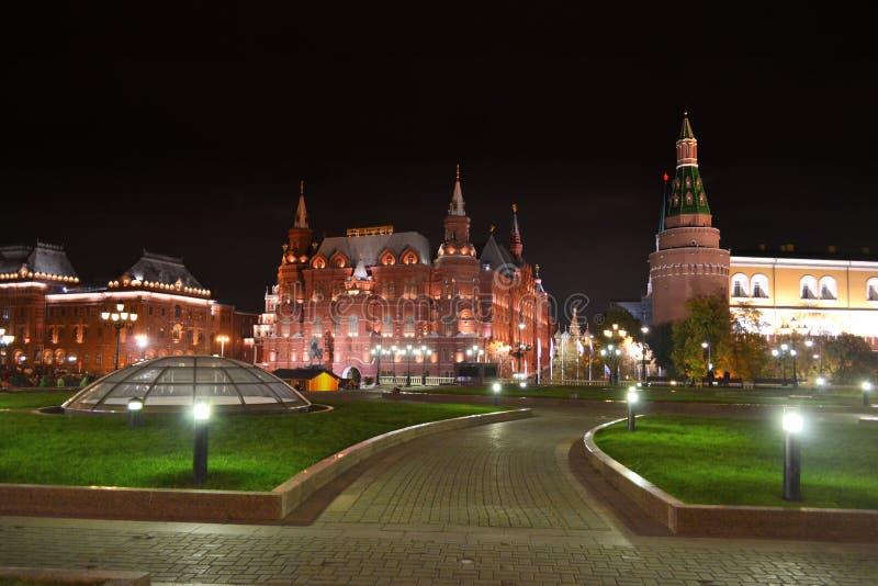 状态历史博物馆在晚上在莫斯科 免版税库存图片