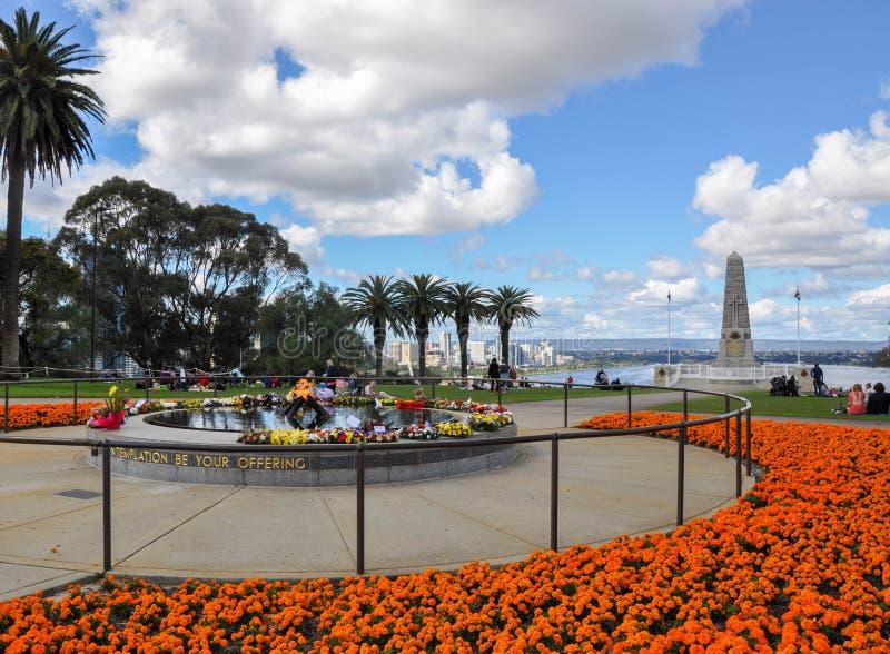 状态战争纪念建筑在京士柏庭院里 库存图片