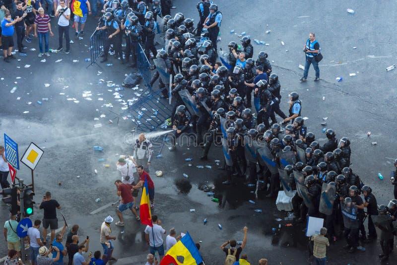 犹太人散居地在布加勒斯特抗议反对政府 免版税库存照片