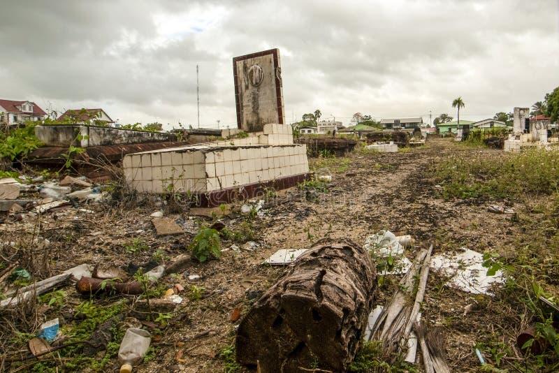 犹太坟园在帕拉马里博,苏里南的中心 免版税库存图片
