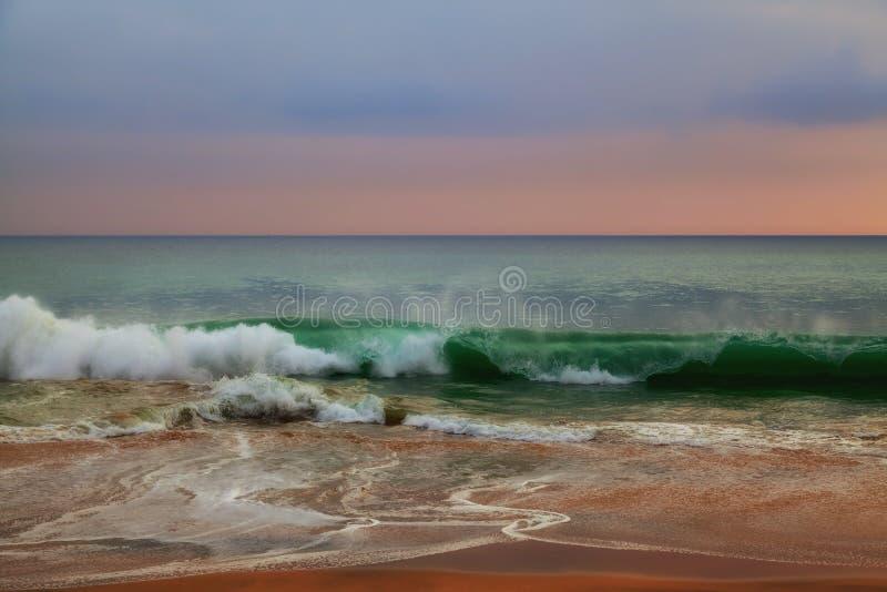 狂放的波浪在印度洋 图库摄影
