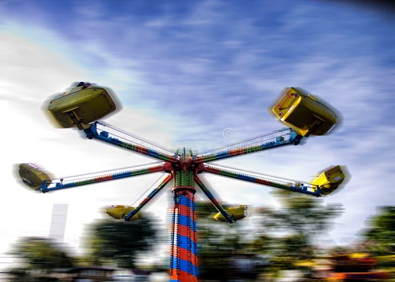 Download 狂欢节乘驾 库存照片. 图片 包括有 乘驾, 市场, 空转, 蓝色, 天空, 黄色, 招待, 红色, 局部 - 62529184