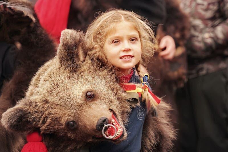 狂欢节的熊女孩 免版税库存图片