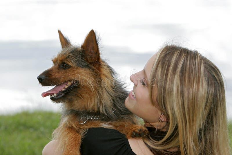 狗公园妇女 免版税库存图片