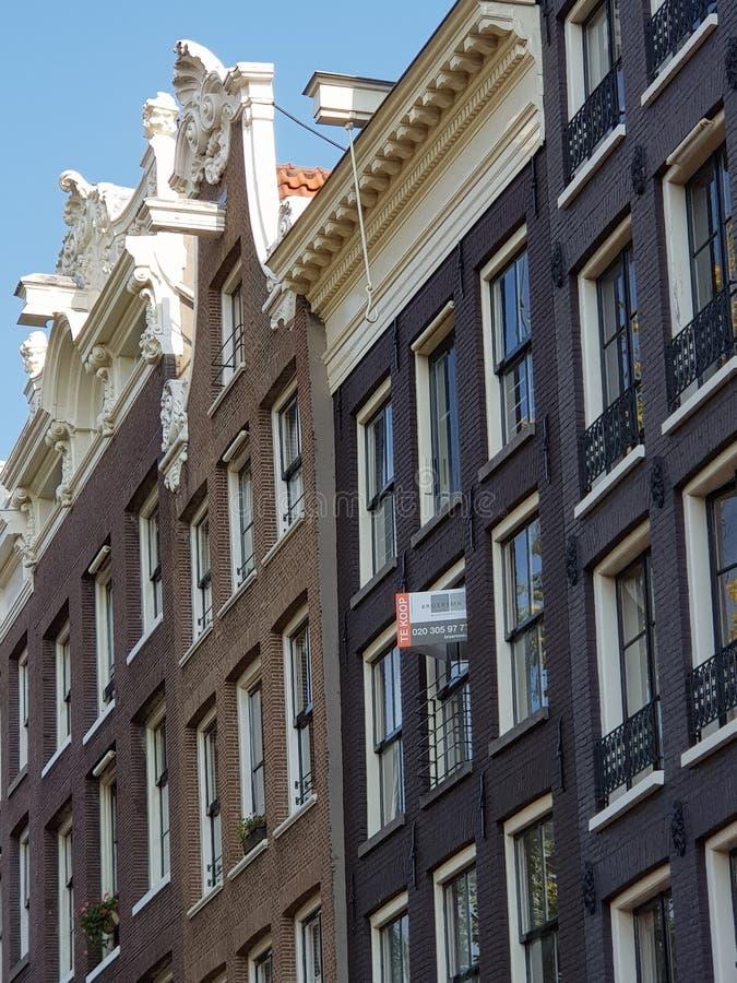 独特的大厦和建筑学在阿姆斯特丹,荷兰 免版税库存图片
