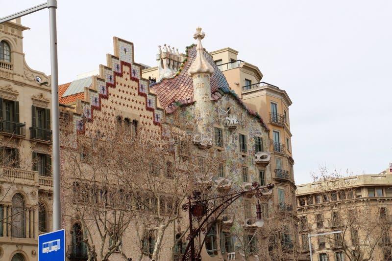 独特的大厦在巴塞罗那,卡塔龙尼亚,西班牙 免版税图库摄影