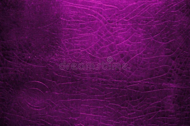 独特的质朴的紫色纹理背景墙纸 库存照片