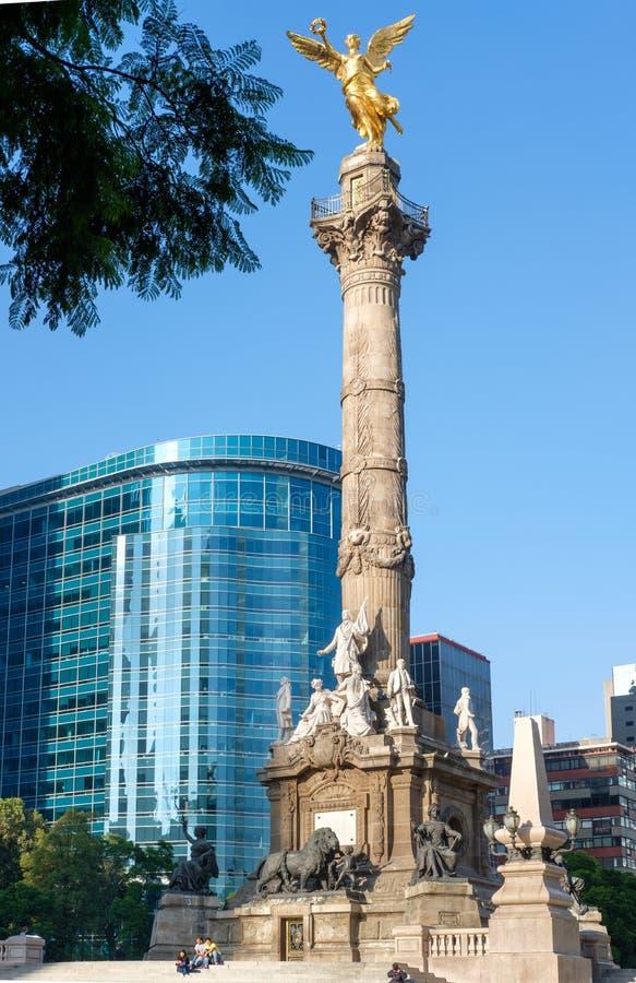 独立天使在Paseo de la Reforma的在墨西哥城 免版税库存照片