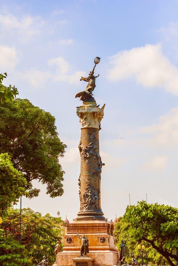 独立纪念碑在瓜亚基尔厄瓜多尔 库存图片