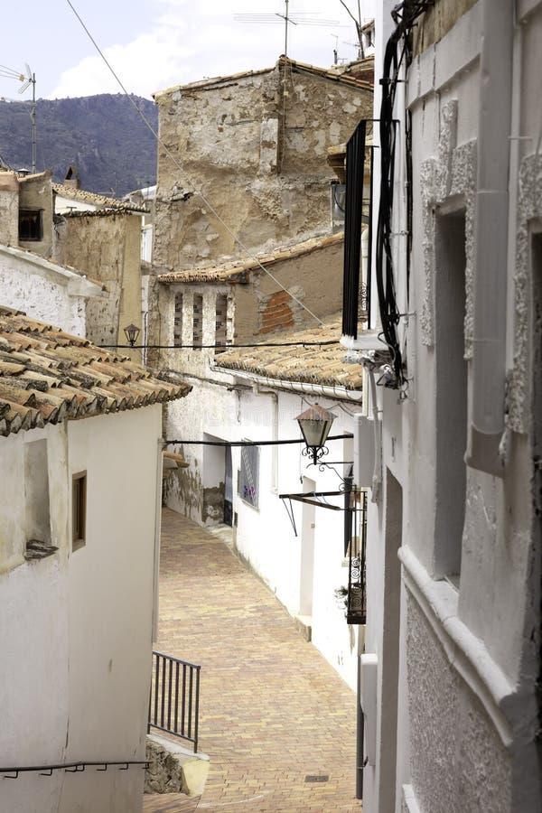 狭窄的街道在切尔瓦3 免版税库存图片