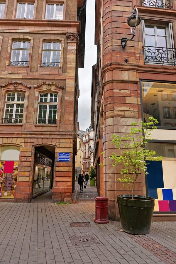 狭窄的街道在史特拉斯堡在法国 库存照片
