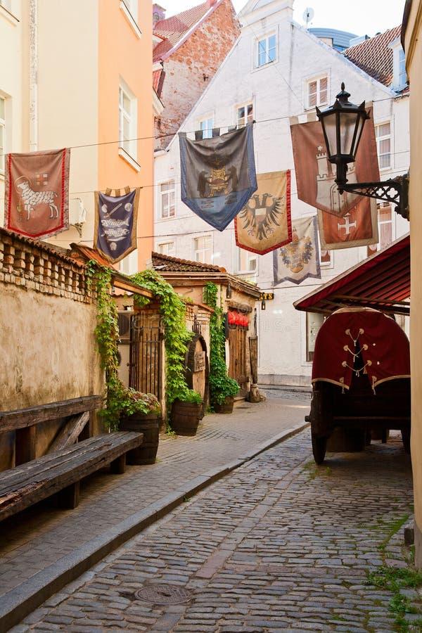 狭窄的街道在老里加 库存图片