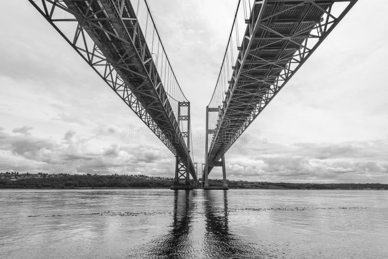狭窄钢桥梁的场面在塔科马,华盛顿,美国 免版税库存图片