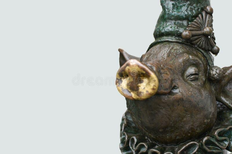 猪,拷贝空间的一个铜雕塑 库存图片