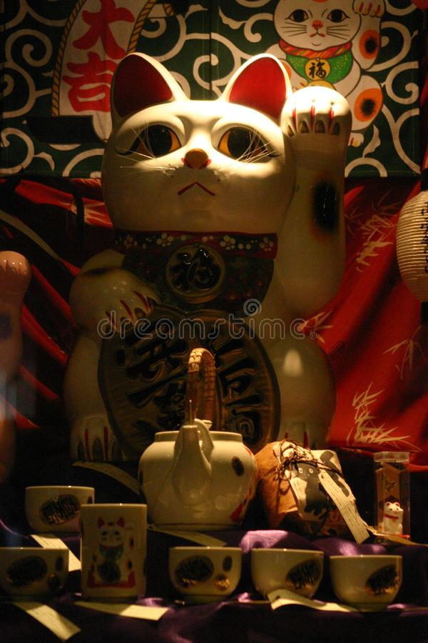 猫复制品在博物馆 库存图片