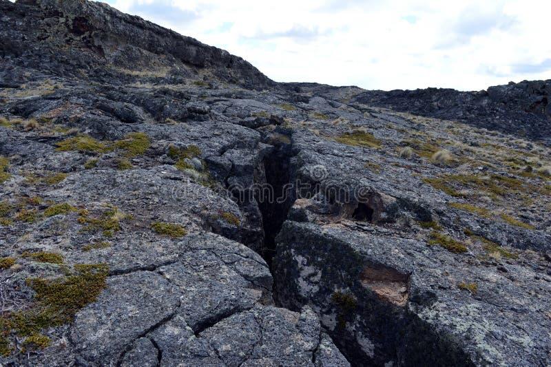 玄武岩火山石在国家公园梵语Aike 免版税库存照片