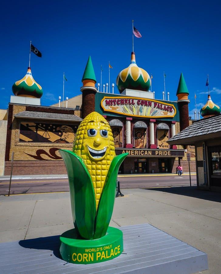 玉米宫殿棒子雕象-米歇尔,南达科他 免版税库存照片