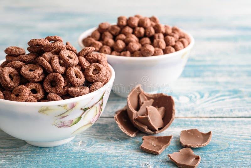 玉米巧克力球 可口早餐点心 免版税库存图片