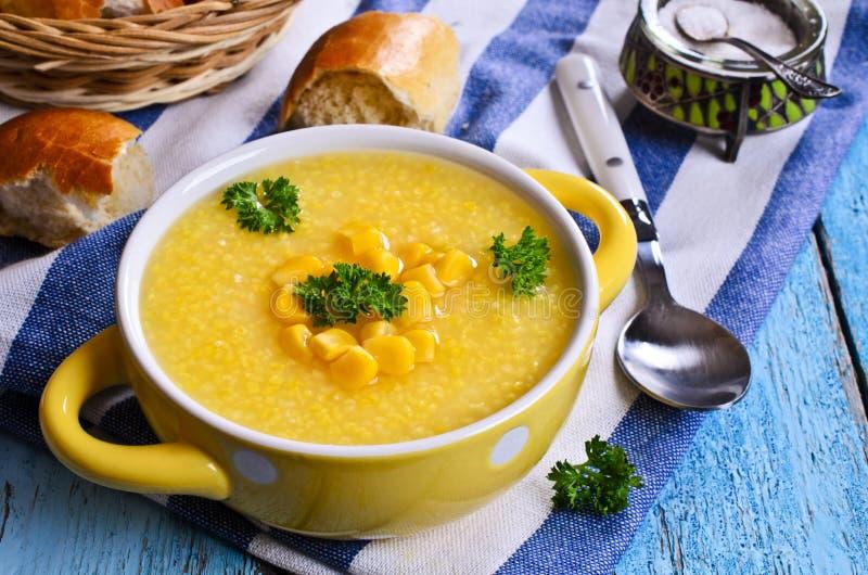 玉米汤 库存图片
