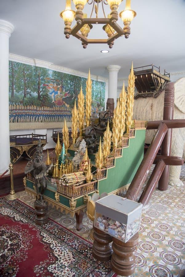 王位台阶王宫金边柬埔寨 免版税库存图片