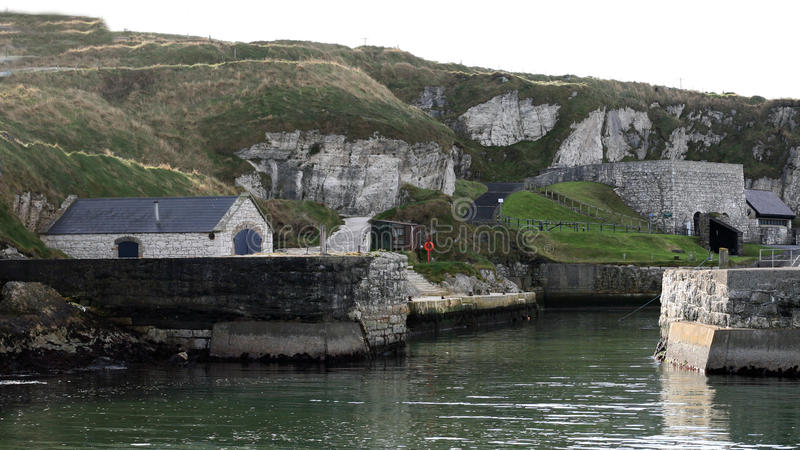 王位Pyke海岛Ballintoy港口N比赛  爱尔兰 库存照片