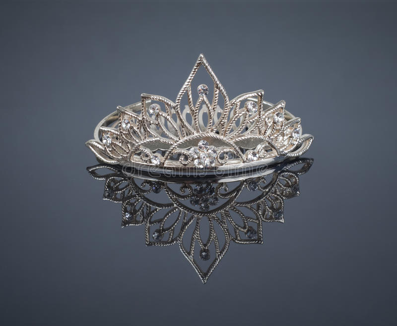 王冠反映冠状头饰 库存照片