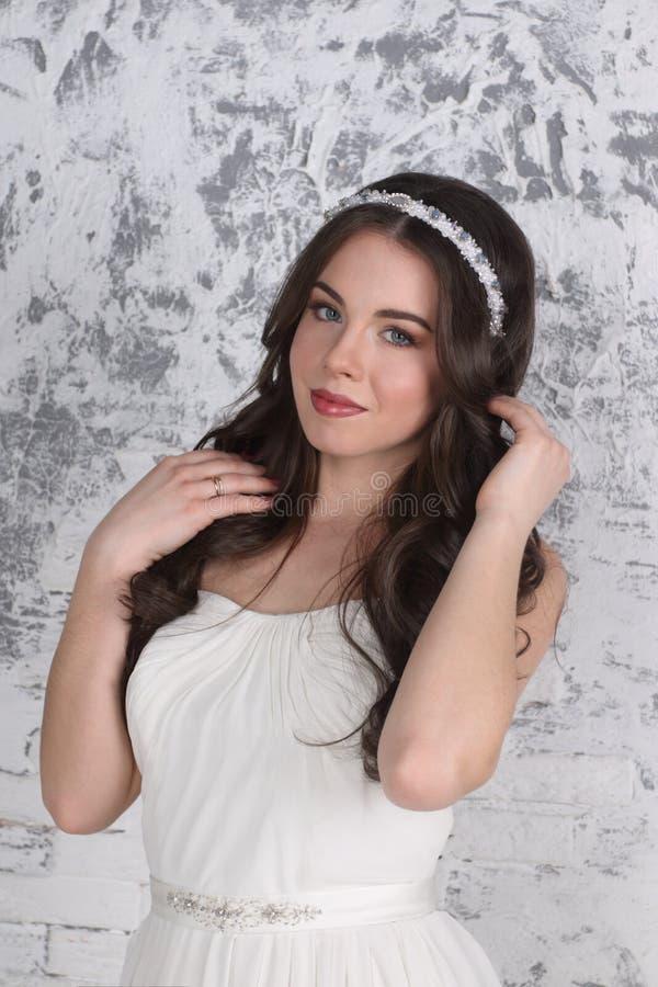 王冠的美丽的妇女 库存照片