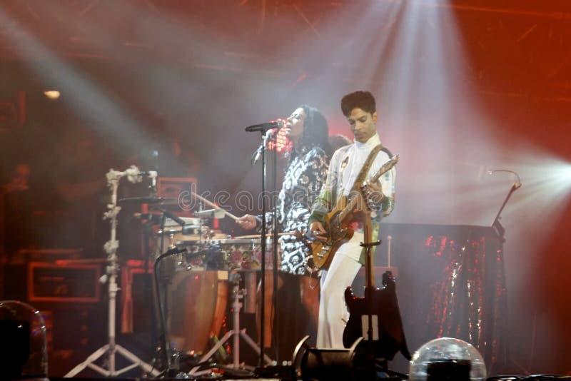Download 王子 编辑类图片. 图片 包括有 音乐会, 人们, 执行, 王子, 操作, 丹麦, 歌唱家, 室外, 户外 - 15121075