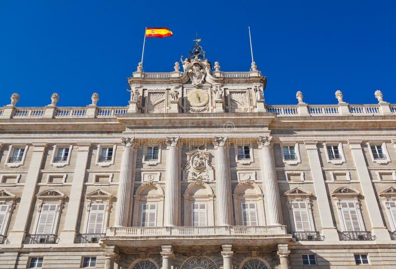 Download 王宫在马德里西班牙 库存照片. 图片 包括有 灯笼, 马德里, 城市, 都市风景, 中世纪, 标志, 地标 - 30333086
