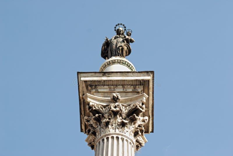 玛丹娜的雕塑专栏的 罗马 意大利 库存图片