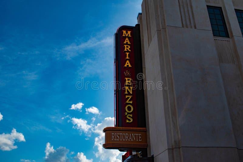 玛丽亚Renzos意大利餐厅顶视图在迪斯尼春天在布埃纳文图拉湖 免版税图库摄影