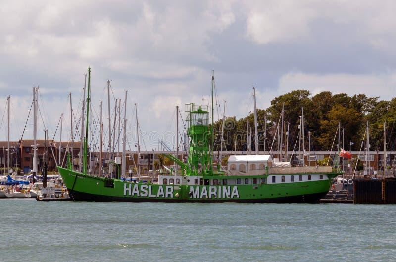 玛丽老鼠,浮动餐馆, Haslar小游艇船坞,机上通话管 汉普郡 库存照片