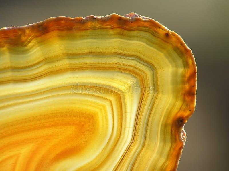 Download 玛瑙切黄色 库存图片. 图片 包括有 透明度, 矿物, 黄色, 宝石, 石英, 抽象, 环形, 水晶, 愈合 - 3657725