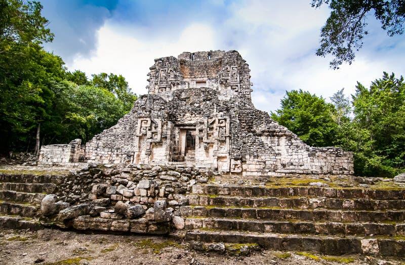 玛雅寺庙在Chicanna,墨西哥,尤卡坦半岛 免版税库存照片