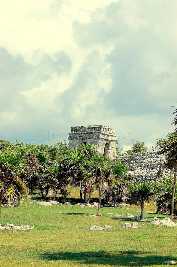 Download 玛雅废墟 库存图片. 图片 包括有 废墟, 计划, 玛雅, 提前, 百万, 文化, 轻快地, 其他, 土产 - 72362629