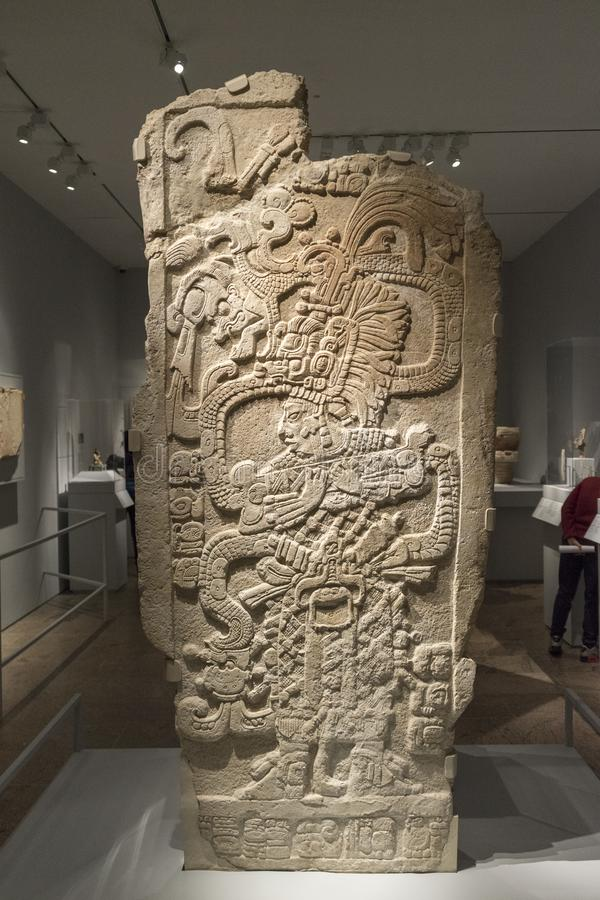 玛雅石雕刻,玛雅人文明艺术基本的安心  库存照片
