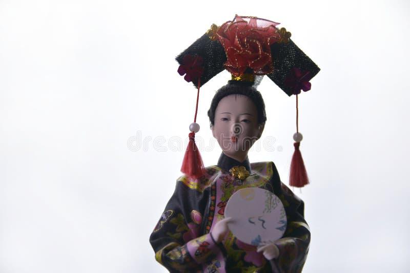 玩偶在隔绝的日本艺妓在白色背景 库存照片