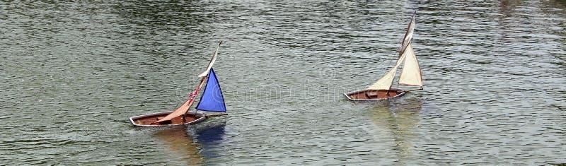 玩具小船。 免版税库存图片