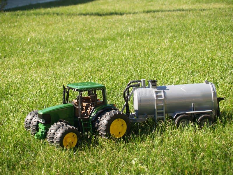 玩具拖拉机 库存图片