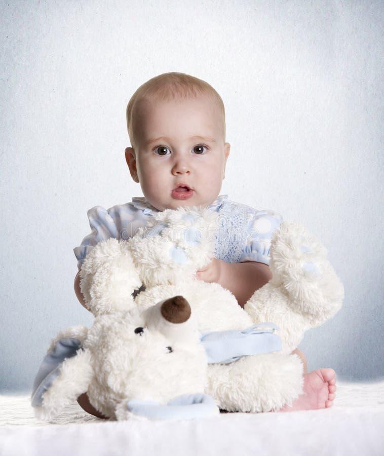 玩具熊婴孩 免版税图库摄影