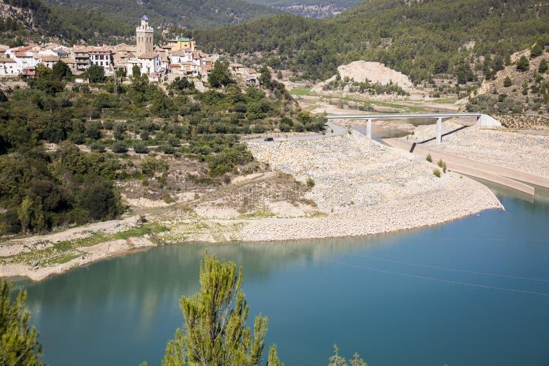 环境美化以普埃布拉de Arenoso镇, Castellà ³ n,巴伦西亚,西班牙省为目的  免版税图库摄影