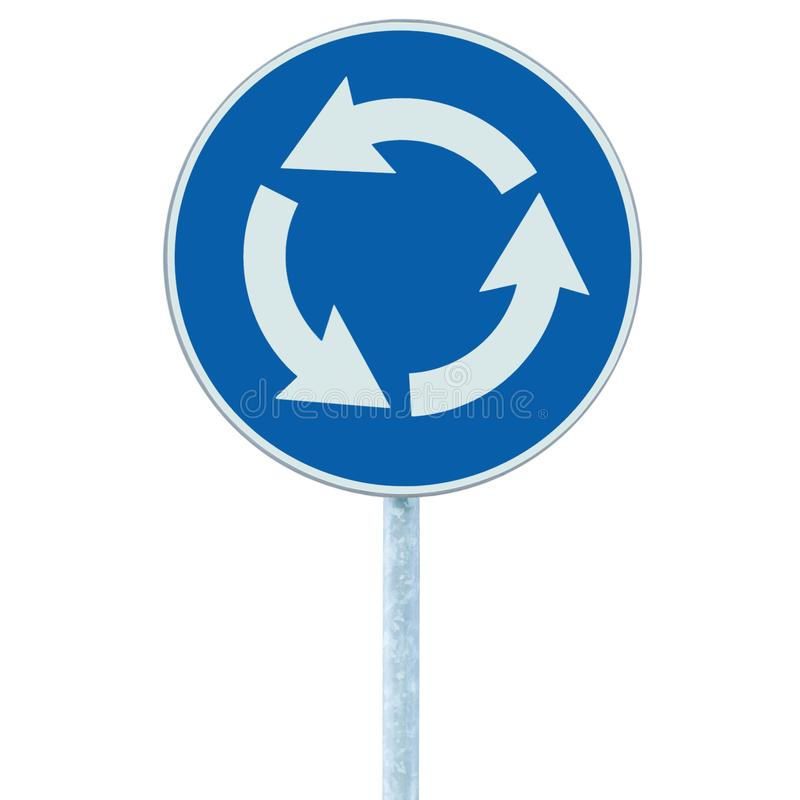 环形交通枢纽交叉路被隔绝的公路交通标志,右手蓝色白色的箭头图片