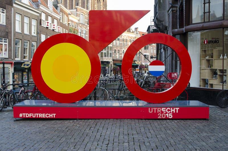 环法自行车赛的开始的10 1月2015标志从Utrech,荷兰的2015年 免版税库存图片