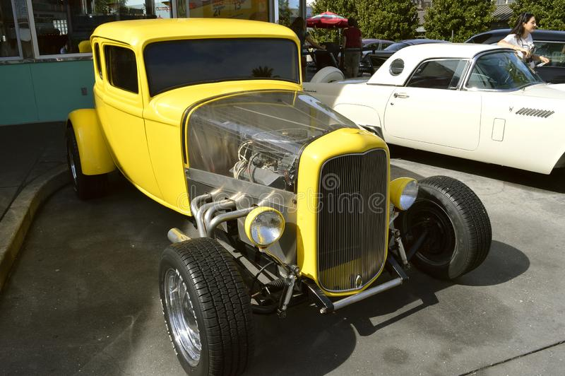 环球影业手段福特局末平分小轿车1932经典之作汽车 库存照片