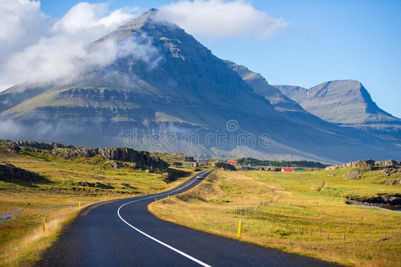 环行路在冰岛 免版税库存图片