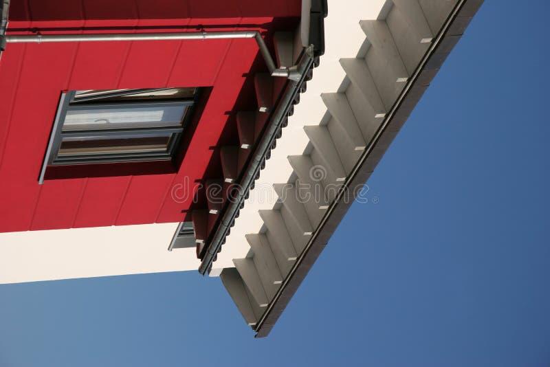 现代五颜六色的房子 免版税库存照片