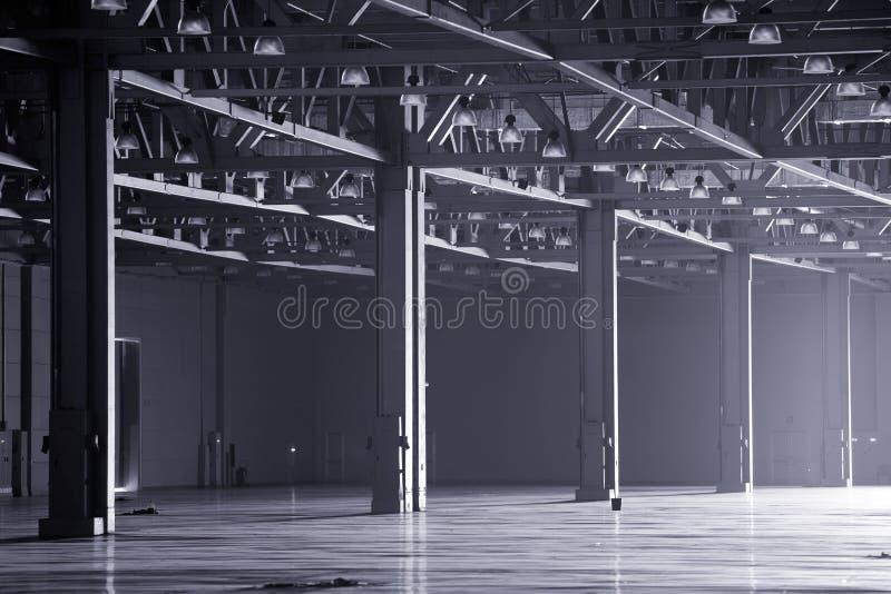 现代仓库 免版税库存图片